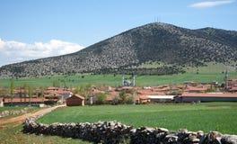 Moschee und Berge von der Türkei Lizenzfreie Stockfotos