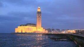 Moschee von Hassan II nachts, Casablanca stock footage