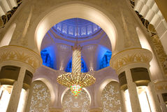 Moschee von innen Lizenzfreie Stockfotos