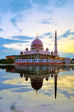 Moscheenreflexion Lizenzfreie Stockfotos