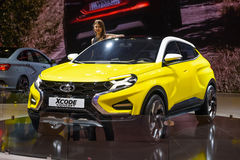 MOSCOU - AOÛT 2016 : Le concept de VAZ Lada XCode a présenté chez MIAS Moscow International Automobile Salon le 20 août 2016 à Mo Photos libres de droits