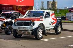 MOSCOU - EM AGOSTO DE 2016: O recolhimento de VAZ-2329 LADA 4x4 apresentou em MIAS Moscow International Automobile Salon o 20 de  Foto de Stock