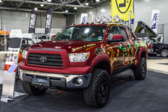 MOSCOU - EM AGOSTO DE 2016: A tundra 4x4 de Toyota apresentou em MIAS Moscow International Automobile Salon o 20 de agosto de 201 Fotos de Stock