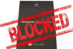 MOSCOU, FEDERA??O RUSSA - 24 de maio de 2019: Ap?s a administra??o do trunfo adicione Huawei a uma lista negra de com?rcio, Googl foto de stock