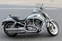 Moscou. La motocyclette de Harley-Davidson Photo libre de droits