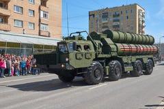 MOSCOU, MAIO, 9, 2018: Parada do feriado da grande vitória do veículo militar do russo: anti sistema de mísseis S-400 Triumph da  Imagens de Stock Royalty Free