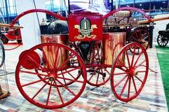 MOSCOU - 9 MARS 2018 : Chariot du feu à l'Oldtimer-galerie d'exposition photographie stock
