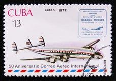 MOSCOU, RÚSSIA - 2 DE ABRIL DE 2017: Um selo do cargo impresso no sho de Cuba Imagens de Stock