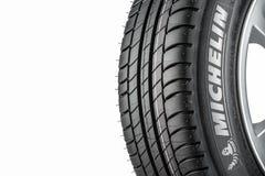MOSCOU, RÚSSIA - 4 DE MARÇO DE 2016: Primazia 3 205/55 do pneumático do carro do inverno Imagem de Stock
