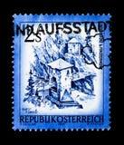 MOSCOU, RÚSSIA - 24 DE NOVEMBRO DE 2017: Um selo impresso em Áustria s Fotos de Stock