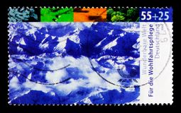 MOSCOU, RÚSSIA - 21 DE OUTUBRO DE 2017: Um selo impresso no alemão Fed fotos de stock royalty free