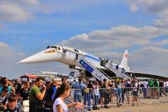 MOSCOU, RÚSSIA - EM AGOSTO DE 2015: presente do carregador do avião de passageiros Tu-144 do jato Foto de Stock