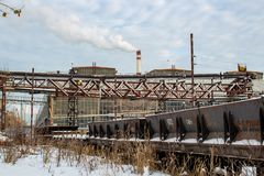 Moscou, Rússia - em janeiro de 2015: O território da planta ZIL de Likhachev da fábrica imagem de stock royalty free