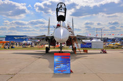 MOSCOU, RUSSIE - AOÛT 2015 : pres des chasseurs Su-30 Flanker-c Image stock