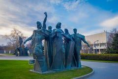 MOSCOU, RUSSIE - 2 AOÛT 2008 : Vue extérieure des vieilles sculptures en bronze o en Muzeon Art Park Fallen Monument Park Photographie stock libre de droits