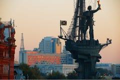 Moscou, Russie Fragment du monument à l'empereur Peter le GR Image stock
