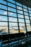 Moscou, Russie - 25 mars 2017 entretien des avions à l'aéroport du ` s Sheremetyevo de Moscou Images libres de droits