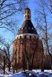 MOSCOU, RUSSIE - 24 mars 2018 La tour Dulo du monastère de Simonov Images libres de droits