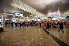 MOSCOU - VERS EN NOVEMBRE 2017 : Intérieur d'aéroport de Sheremetyevo Images stock