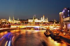 Moscovo na noite Imagens de Stock Royalty Free
