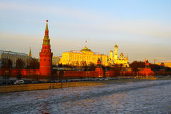 Moscovo, Rússia Vista ao Kremlin de Moscou no por do sol Imagem de Stock Royalty Free