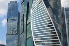 Moscow-Город делового центра Skyscrepers: Столица, империя, развитие стоковое фото rf