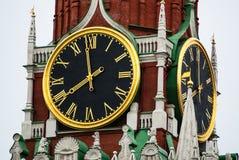 moscow Часы Кремля на башне Spasskaya Стоковые Изображения