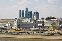 Moscow. AUGUST 14, 2010: Kievsky railway station, has been built in 1918 year, and skyscrapers of business centre -city Royalty Free Stock Photo