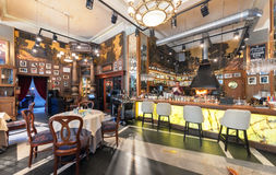 MOSCOW - JULY 2014: Interior of a luxury restaurant in the art deco style - Stock Images