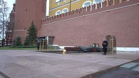 Moscow Kremlin Alexander garden, the tomb of the unknown soldier, soldiers of the guard of honor