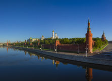 Moscow Kremlin at dawn, Kremlin embankment royalty free stock photos