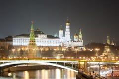 Moscow Kremlin på natten Fotografering för Bildbyråer