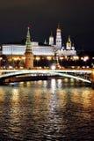 Moscow Kremlin på natten Färgfoto