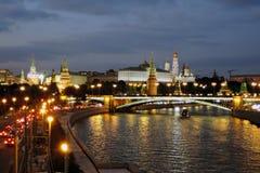 Moscow Kremlin på natten Färgfoto Arkivbilder