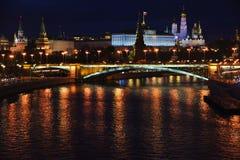 Moscow Kremlin panorama på natten arkivfoto
