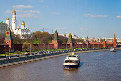 Moscow River and Kremlin Royalty Free Stock Photos