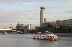 Moscow river and the Swissotel Krasnye Holmy Moscow Royalty Free Stock Photos