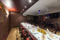 MOSCOW/RUSSIA - 2014年12月 内部印地安现代艺术咖啡馆 免版税库存照片