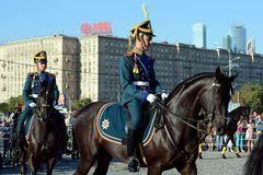 The cavalry honorary escort of the Presidential Regiment and the Kremlin Riding School on Poklonnaya Hill performs in honor of the Stock Photography