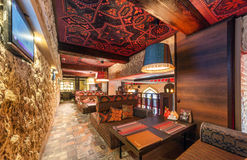 MOSCOW/RUSSIA - DECEMBER 2014 Het binnenland van het restaurant - CAMPUS in het oosten, Arabische stijl Royalty-vrije Stock Foto