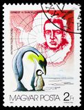 Ernest H. Shackleton, Emperor Penguin Aptenodytes forsteri, Antarctic Explorers serie, circa 1987. MOSCOW, RUSSIA - FEBRUARY 21, 2019: A stamp printed in Hungary stock photos