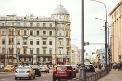 Daily life on the streets of Moscow. Machines, buildings. royalty free stock photography