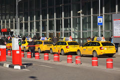 MOSCOW, RUSSIA - March 10. 2016. Several yellow taxis near  Kursk railway station Royalty Free Stock Images