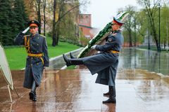 MOSCOW, RUSSIA - MAY 08, 2017: The Honor Guard of the 154 Preobrazhensky Regiment in the infantry uniform laying flowers to the To. Mb of Unknown soldier and Stock Photography