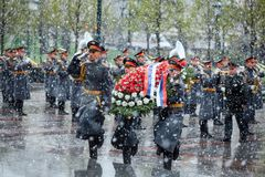 MOSCOW, RUSSIA - MAY 08, 2017: The Honor Guard of the 154 Preobrazhensky Regiment in the infantry uniform laying flowers to the To. Mb of Unknown soldier and Royalty Free Stock Photos