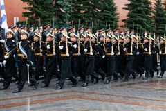 MOSCOW, RUSSIA - MAY 08, 2017: March-past parade of the The Honor Guard of the 154 Preobrazhensky Regiment. Rainy weather. Alexa. MOSCOW, RUSSIA - MAY 08, 2017 Stock Photography