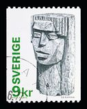 Girl's Head (wood-carving) (Bror Hjorth), Definitives serie, cir. MOSCOW, RUSSIA - MAY 10, 2018: A stamp printed in Sweden shows Girl&# royalty free illustration