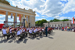 MOSCOW, RUSSIA - 12.06.2015. Military orchestra in Gorky Park during the celebration of the Day of Russia Stock Images