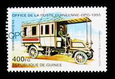 Omnibus V.H. Bussing - 1904, Historic Buses serie, circa 1995. MOSCOW, RUSSIA - NOVEMBER 25, 2017: A stamp printed in Guinea shows Omnibus V.H. Bussing - 1904 Stock Photo