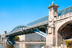 MOSCOW, RUSSIA - OCTOBER 06, 2015:  Andreevsky bridge on river M Royalty Free Stock Photography